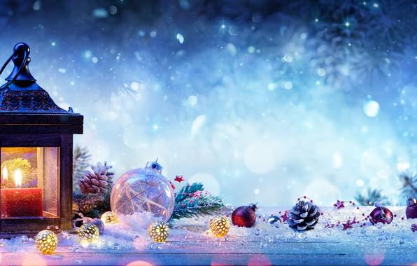 Картинка снег, ветки, праздник, свеча, ель, фонарик, фонарь, Новый год, шишки, елочные игрушки, New Year, celebration, …