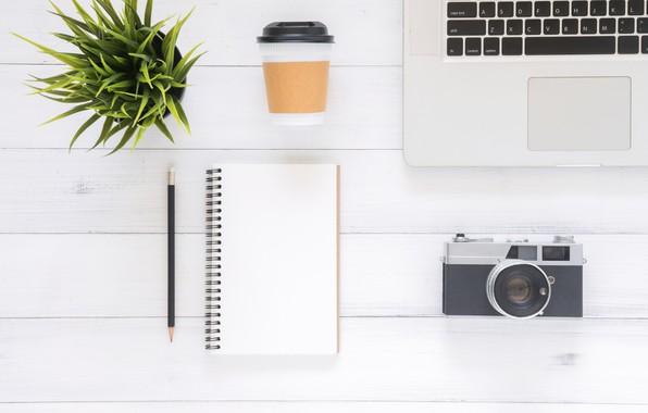 Картинка Цветок, Кофе, Фотоаппарат, Ноутбук, Блокнот, Ручка, Гаджеты