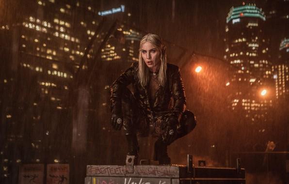 Картинка Город, Блондинка, Дождь, Здания, City, Актриса, Кино, Эльф, Фильм, Фантастика, Rain, Blonde, Elf, Actress, Яркость, ...