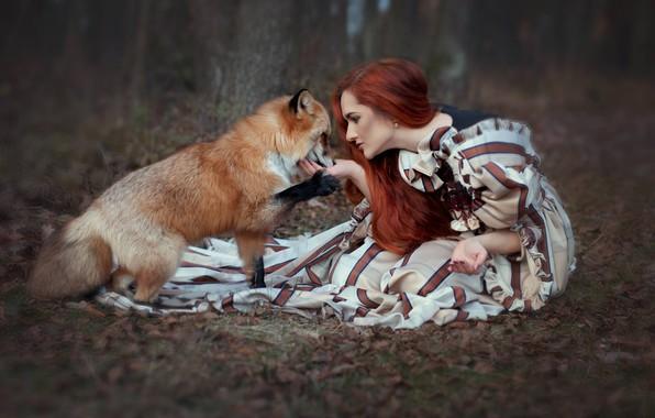 Картинка лес, девушка, платье, лиса, рыжая, рыжеволосая