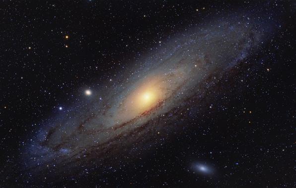 Фото обои Расположена, Галактика Андромеды, в созвездии, Андромеды