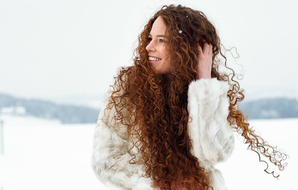Картинка девушка, улыбка, настроение, волосы, кудри, Eikonas, Katja Purtscheller