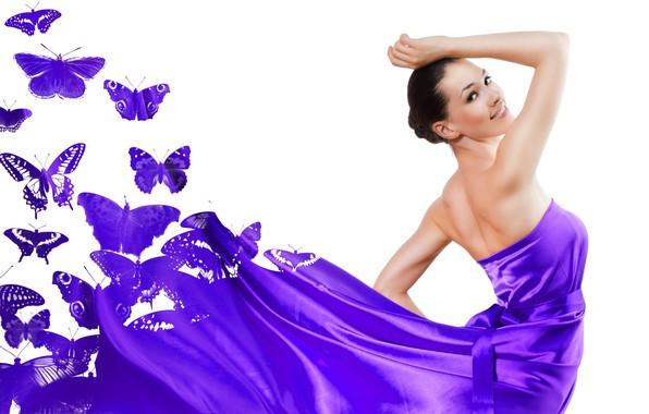 Картинка бабочки, поза, модель, макияж, платье, брюнетка, прическа, белый фон, красотка, фиолетовое