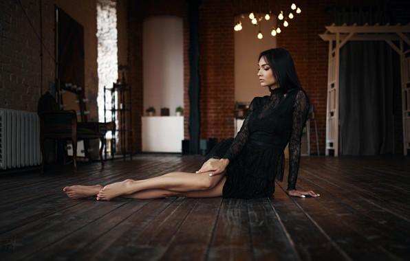 Картинка девушка, поза, ноги, платье, на полу, Ксения, Sergey Fat, Сергей Жирнов, Ксения Харченко