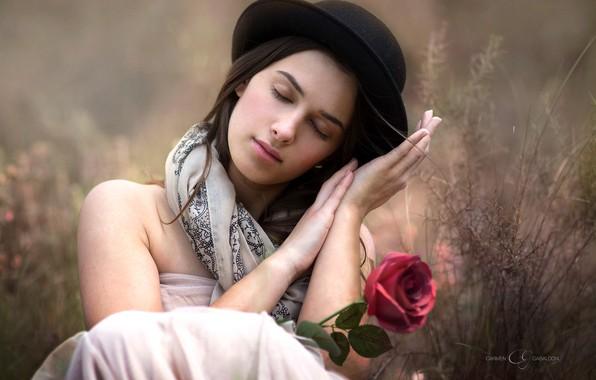 Картинка цветок, девушка, настроение, роза, шляпа, руки, боке