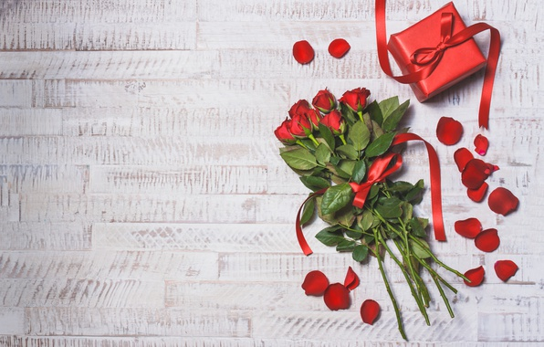 Картинка red, love, wood, romantic, hearts, valentine's day, gift, roses, красные розы
