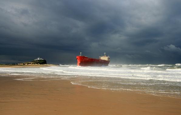 Картинка waves, storm, beach, ocean, seascape, seaside, ship, lighthouse, cloudy, troubled sea, shipwrecked