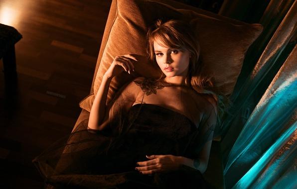 Картинка девушка, свет, комната, фотограф, Анастасия Щеглова, Igor Marushevskii