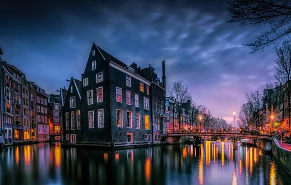Картинка свет, мост, город, огни, краски, дома, вечер, утро, Амстердам, Нидерланды