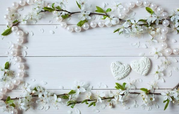 Картинка цветы, сердечки, бусы