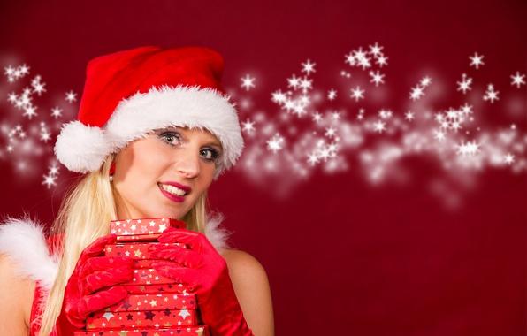 Картинка снежинки, фон, праздник, шапка, новый год, рождество, макияж, прическа, блондинка, подарки, перчатки, снегурочка, в красном, …