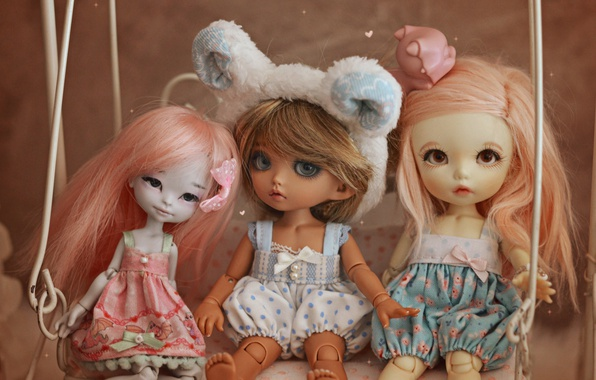 Картинка качели, игрушки, куклы