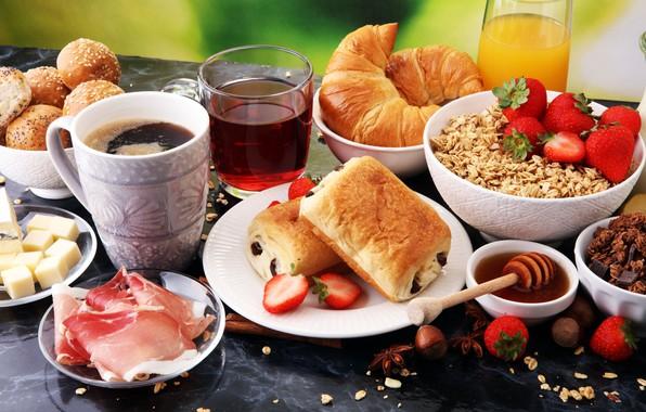 Картинка ягоды, чай, кофе, завтрак, сыр, сок, бекон, булочки, круассаны, овсянка