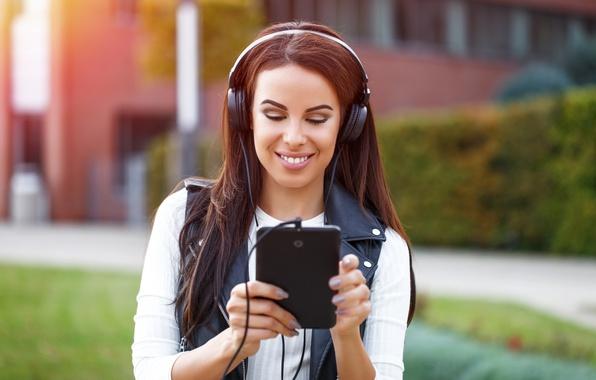 Картинка Smile, headphones, tablet
