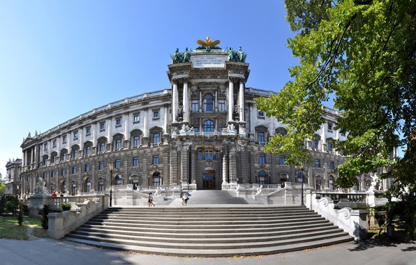 Картинка деревья, Австрия, фонари, лестница, архитектура, солнечно, статуи, дворец, Вена, Imperial Palace, Hofburg