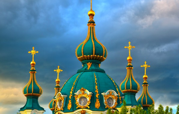 Картинка небо, облака, деревья, тучи, церковь, храм, орнамент, Украина, купола, Киев, St. Andrew Church