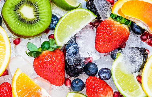 Картинка лед, ягоды, киви, клубника, лайм, фрукты, витамины, грейпфрут, ежевика, дольки, гранат, голубика