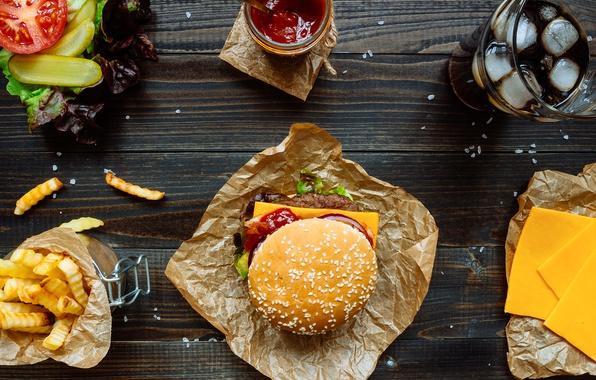 Картинка сыр, лук, помидор, соус, гамбургер, котлета, сэндвич, фастфуд, булочка, салат, tomatoes, fast food, hamburger, картошка …