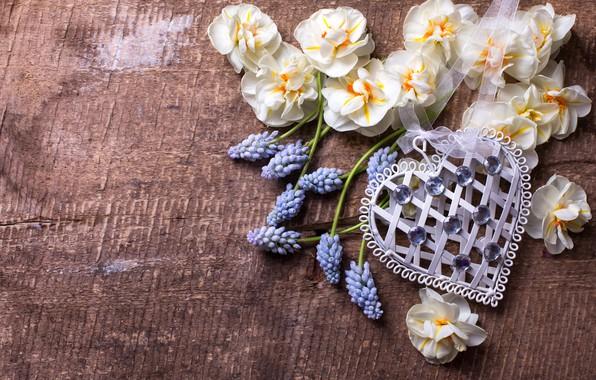Картинка цветы, сердце, весна, love, heart, wood, flowers, romantic, spring