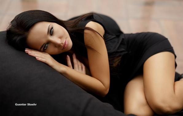Картинка взгляд, девушка, поза, в чёрном, Ангелина Петрова