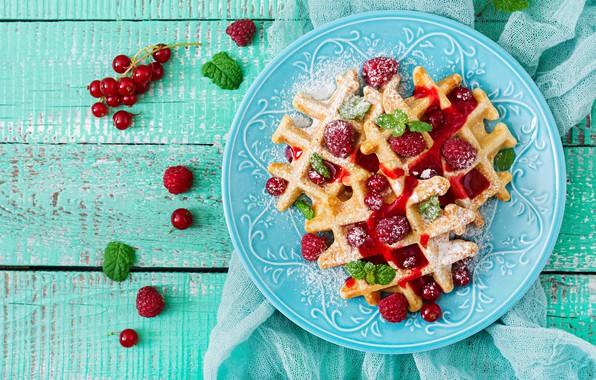 Картинка ягоды, малина, тарелка, fresh, wood, вафли, berries, raspberry, wafer