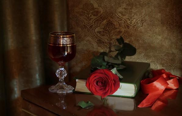 Картинка вино, бокал, роза, лента, книга, натюрморт, красная
