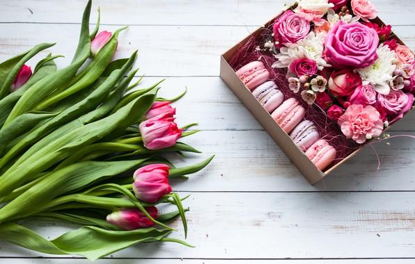 Картинка цветы, коробка, подарок, букет, wood, pink, тюльпанов, macaron