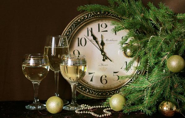Картинка игрушки, часы, ель, бокалы, шампанское