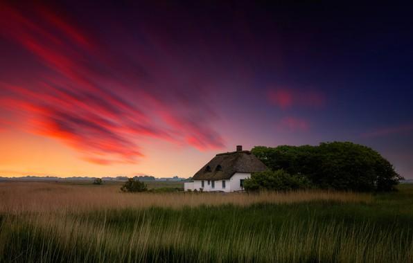 Картинка небо, облака, краски, вечер, домик