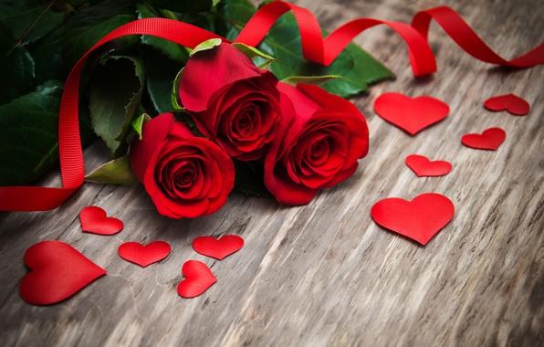 Картинка розы, red, love, бутоны, heart, wood, flowers, romantic, roses, красные розы, valentine`s day