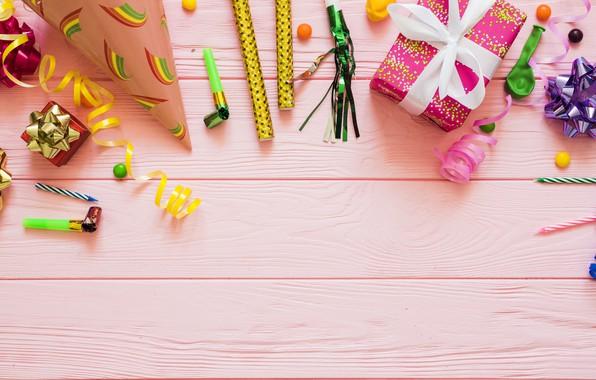 Картинка праздник, подарок, шары, свечи, день рождение