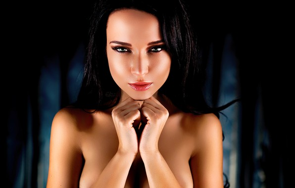 Картинка girl, green eyes, long hair, photo, model, lips, face, brunette, black hair, portrait, mouth, close …