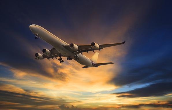 Картинка облака, самолет, зарево, летит, в небе, пассажирский