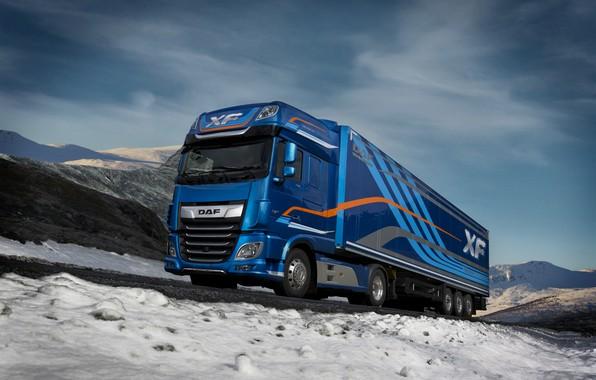 Картинка зима, дорога, небо, облака, снег, горы, синий, Норвегия, Norway, DAF, седельный тягач, ДАФ, Super Space …