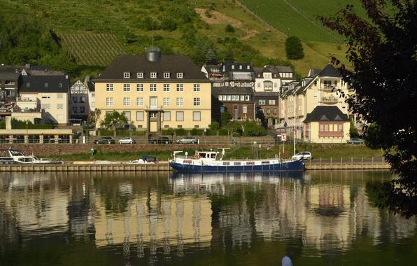 Картинка отражение, река, Дома, Город, Германия, Здания, набережная, Germany, Кохем, Cochem, Town