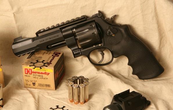 Картинка оружие, револьвер, weapon, smith, revolver, Model 327, 357 Magnum, S&W, m&p, wesson, smith & wesson
