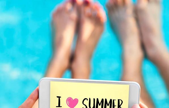 Картинка лето, надпись, ноги, руки, телефон