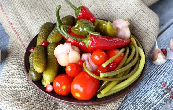 Картинка огурец, перец, овощи, помидор, чеснок, соленья