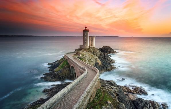Картинка море, мост, стена, маяк