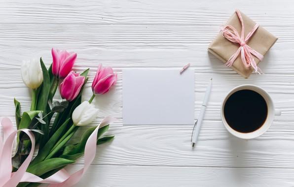 Картинка цветы, подарок, кофе, завтрак, чашка, тюльпаны, розовые, white, wood, pink, flowers, cup, romantic, tulips, gift, …