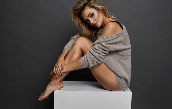 Glamour Connie Mengotti Feet Wikifeet Photos 1