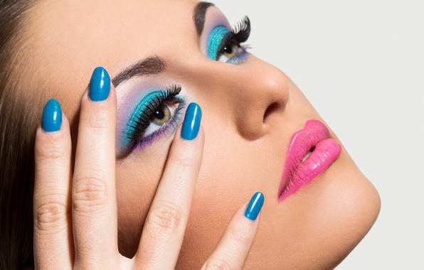 Картинка blue, eyes, nails, female, make up