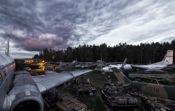 Картинка танки, самолёты, Mission Accomplished