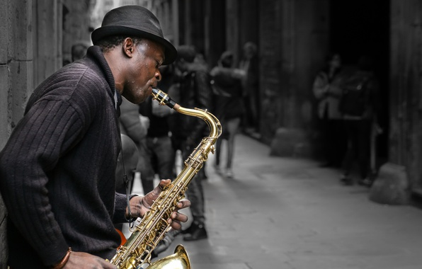 Фото обои улица, музыкант, саксофон