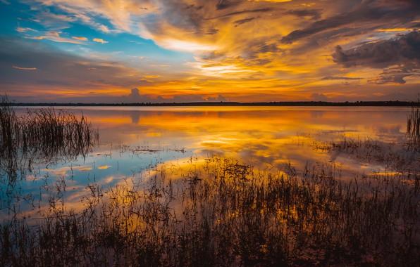 Картинка море, небо, вода, облака, закат, озеро, golden, золотой, sky, sea, sunset, water, lake, reflection