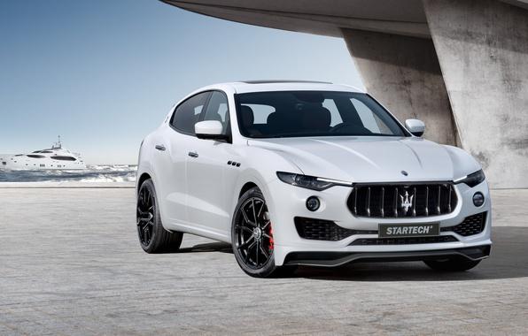 Картинка море, белый, Maserati, волна, решетка, фронт, пирс, бетон, диски, радиатор, ракурс, Design, мазерати, передок, кроссовер, …