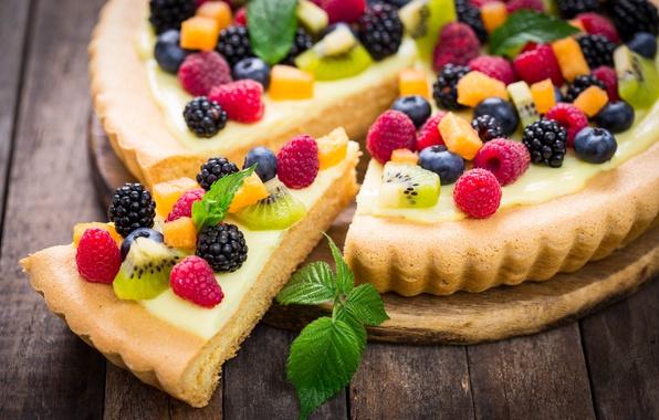 Картинка ягоды, малина, киви, черника, пирог, мята, крем, десерт, выпечка, ежевика, начинка, сладкое.