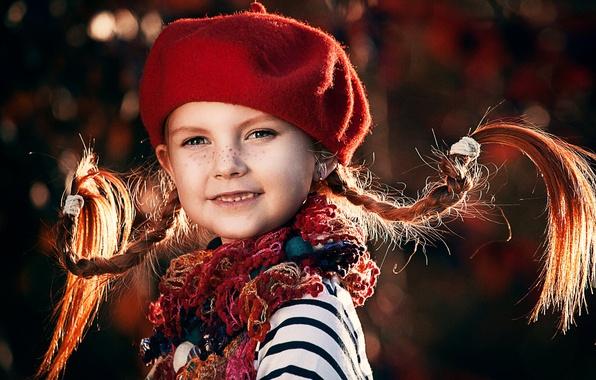 Картинка шарф, девочка, веснушки, косички, ребёнок, берет, Пеппи, Длинныйчулок