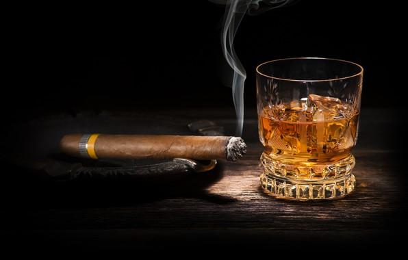 Картинка whiskey, smoke, cigar