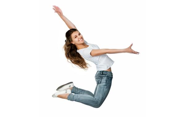 Картинка девушка, улыбка, прыжок